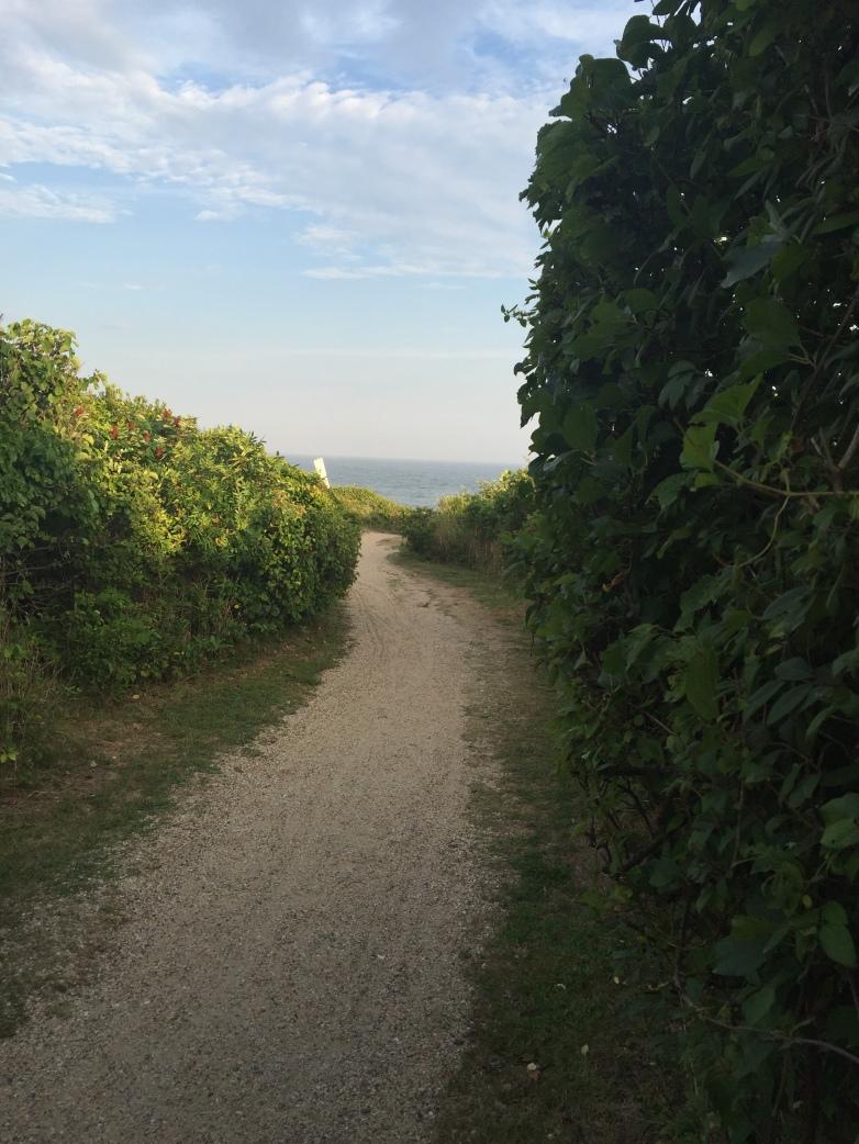 Montauk path to beach